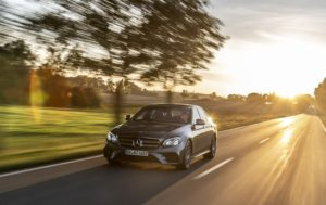 Mercedes-Benz E 300 e 2019 гибрид