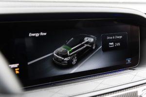 Mercedes-Benz S 560 гибрид 2019