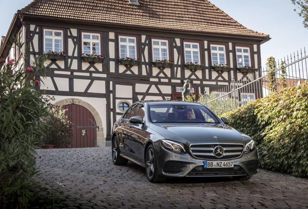 Сравнение новых гибридов Mercedes-Benz EQ Power