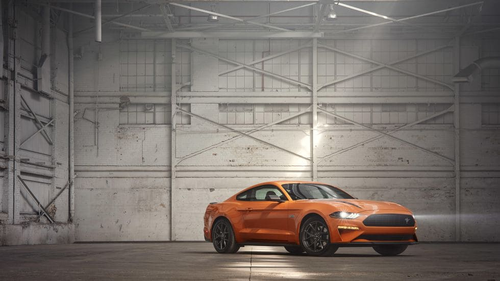 Ford Mustang EcoBoost 2020 orange