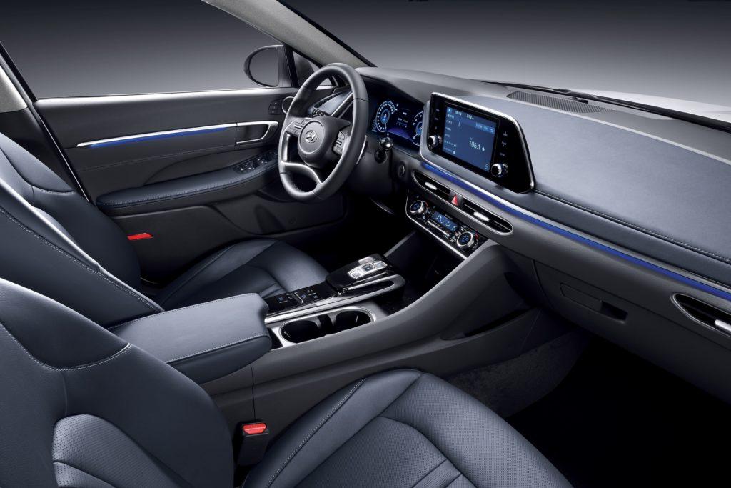 Салон Hyundai Sonata 2020