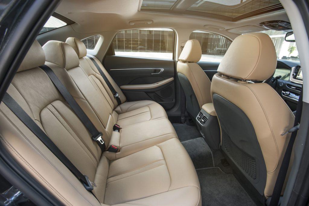 Задний диван Hyundai Sonata 2020