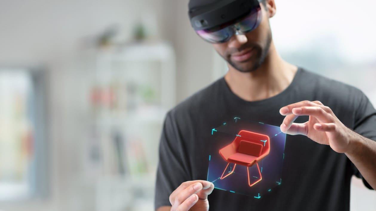 Microsoft HoloLens 2 выпустят в сентябре: смешанная реальность для работы