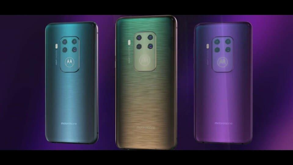 Motorola One Zoom – представлен смартфон 4 камерами и сканером на дисплее