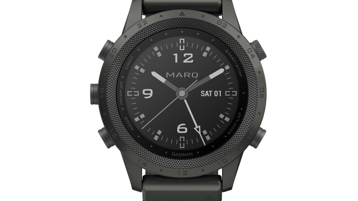 Премиальные часы Garmin MARQ Commander получили топографические карты