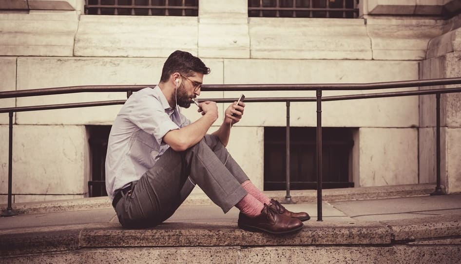 Зависимость от телефона и интернета
