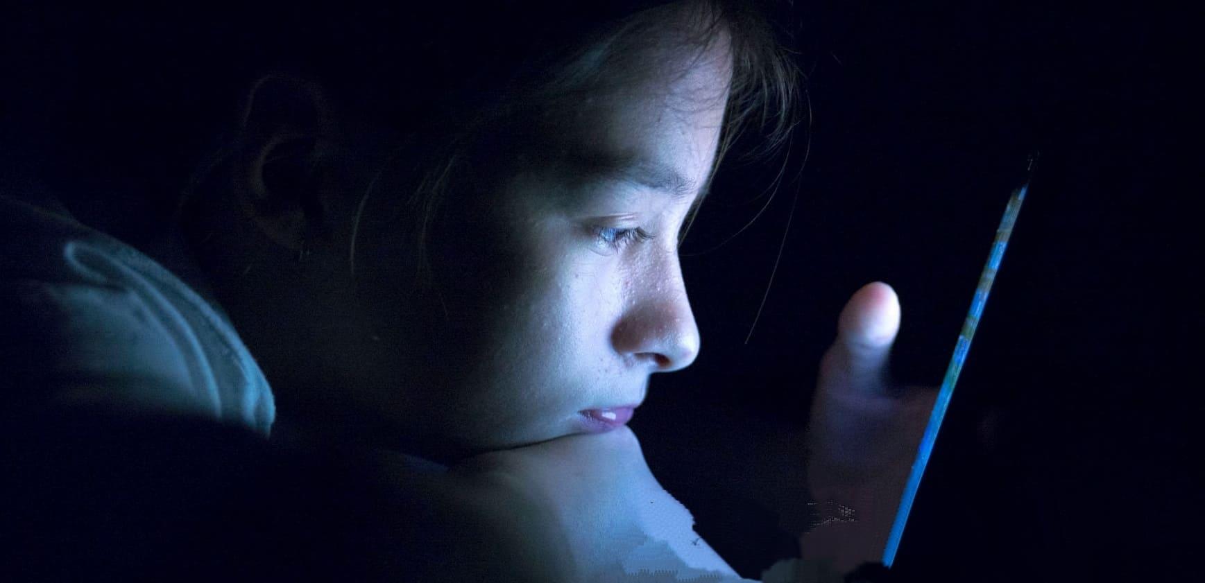 Цифровой аутизм или до чего доводят телефоны