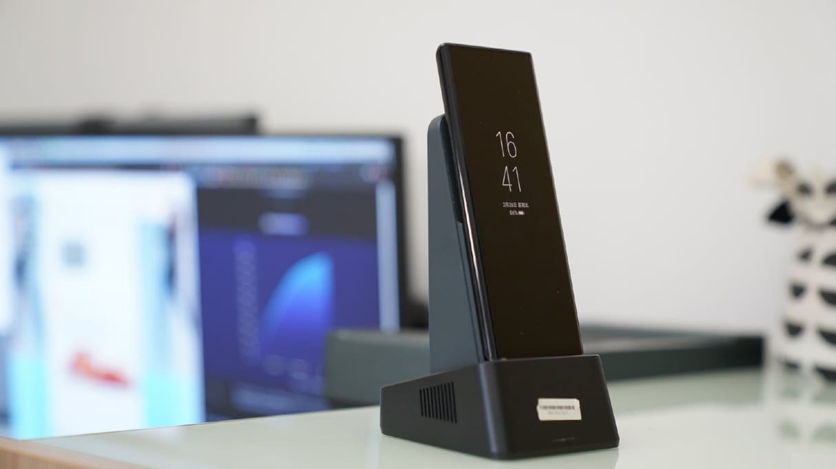 Vivo APEX 2020 – смартфон без кнопок и разъемов или будущее наступило